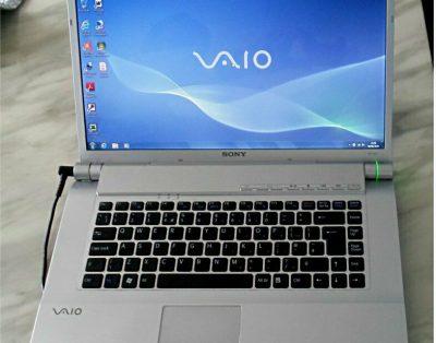 Laptop SONY VAIO FW21L
