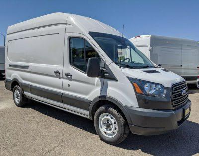 Samochód dostawczy Ford Transit