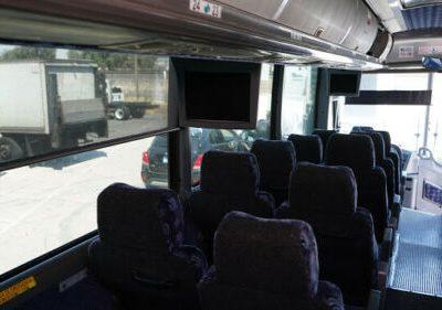 Autobus 2008 MCI J4500 56
