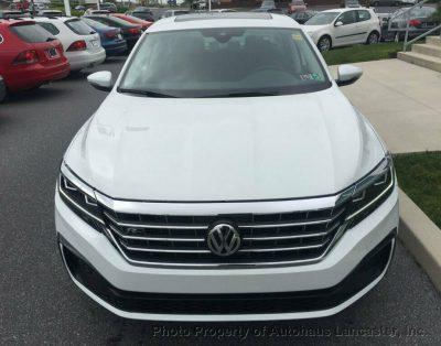 Samochód osobowy Volkswagen Passat 2.0T R-Line Automatic