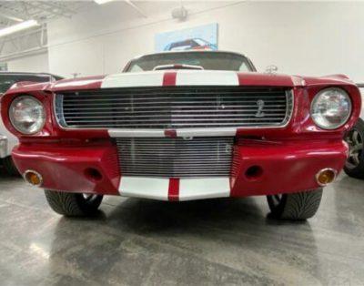 Samochód Ford Mustang 1966r.