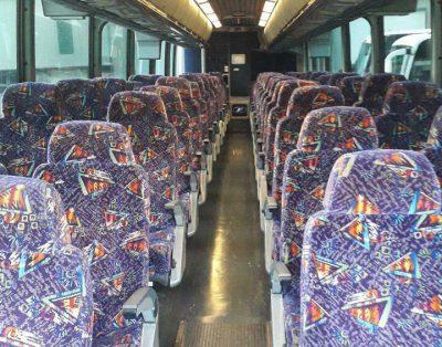 Autobus MCI J4500 56-osobowy